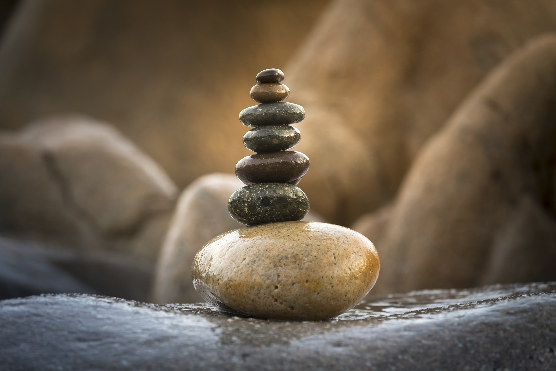 balance-3356548_1920